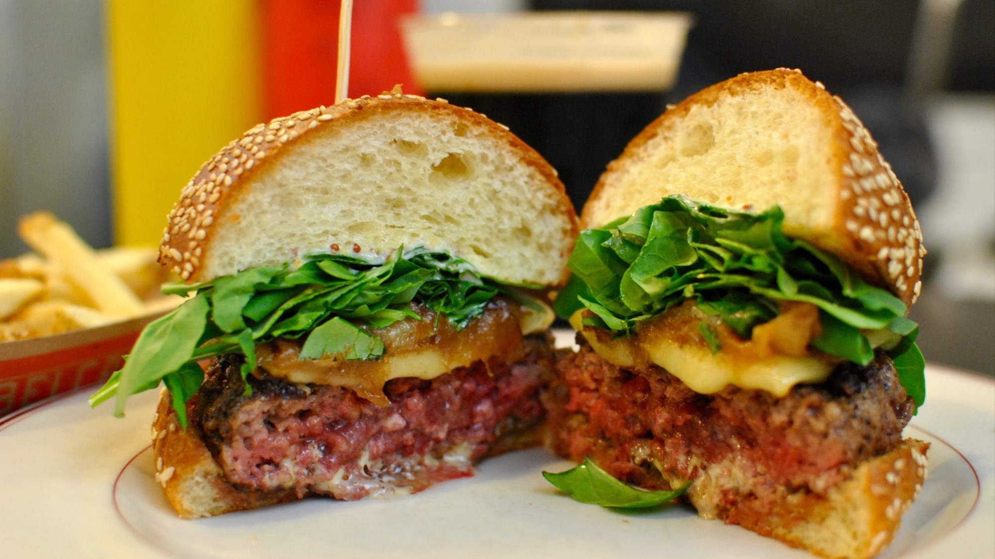 This Is What a 100-Day-Old Cheeseburger Tastes Like - VICE