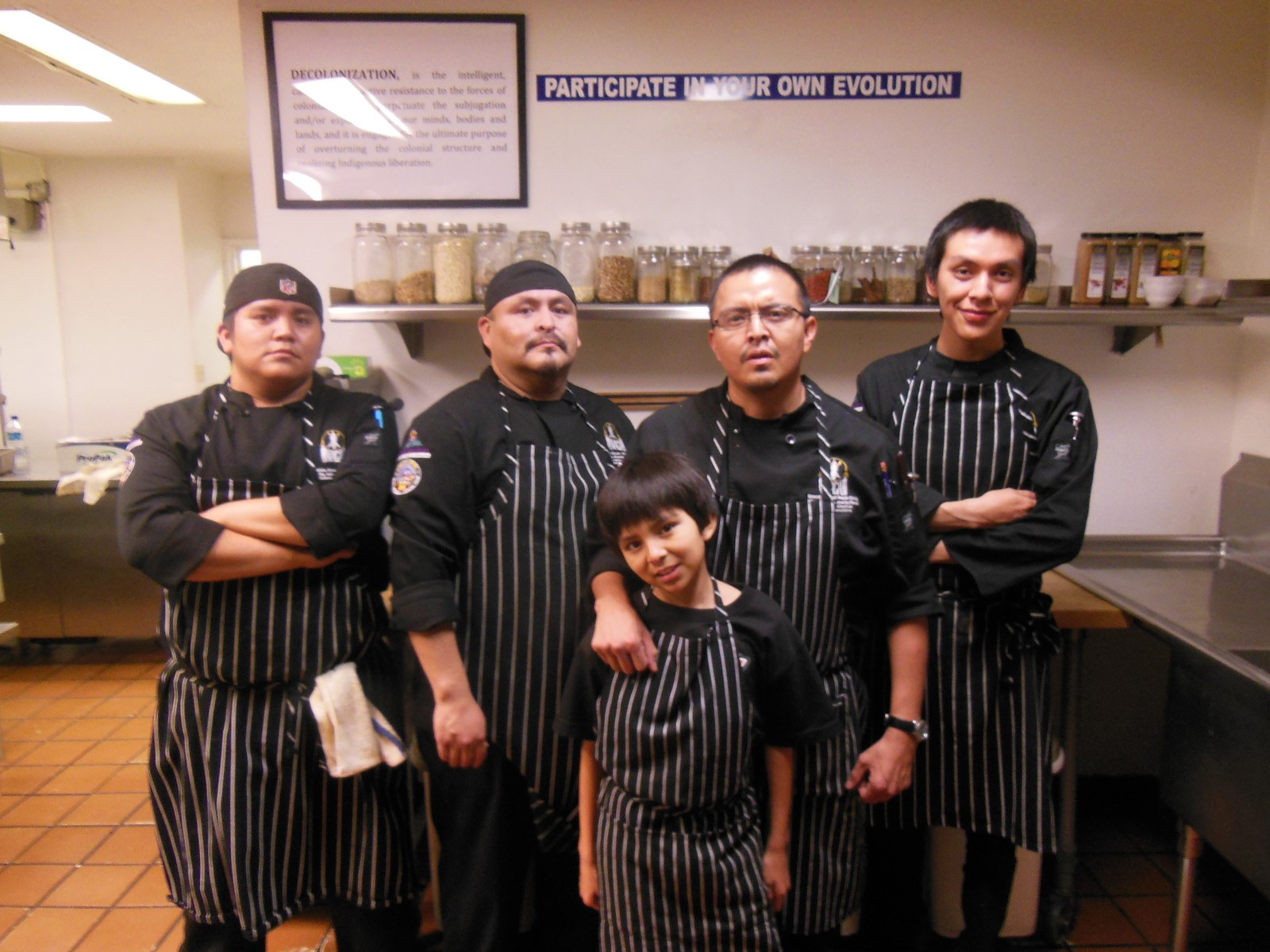 apaches-in-the-kitchen-2015