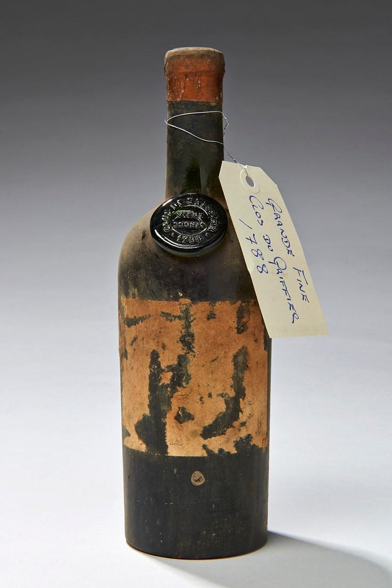 Cognac Vieux, Clos du Greffier, Cafe Anglais, 1788, provenant de la cave de la Tour d'Argent- 1 - © Artcurial