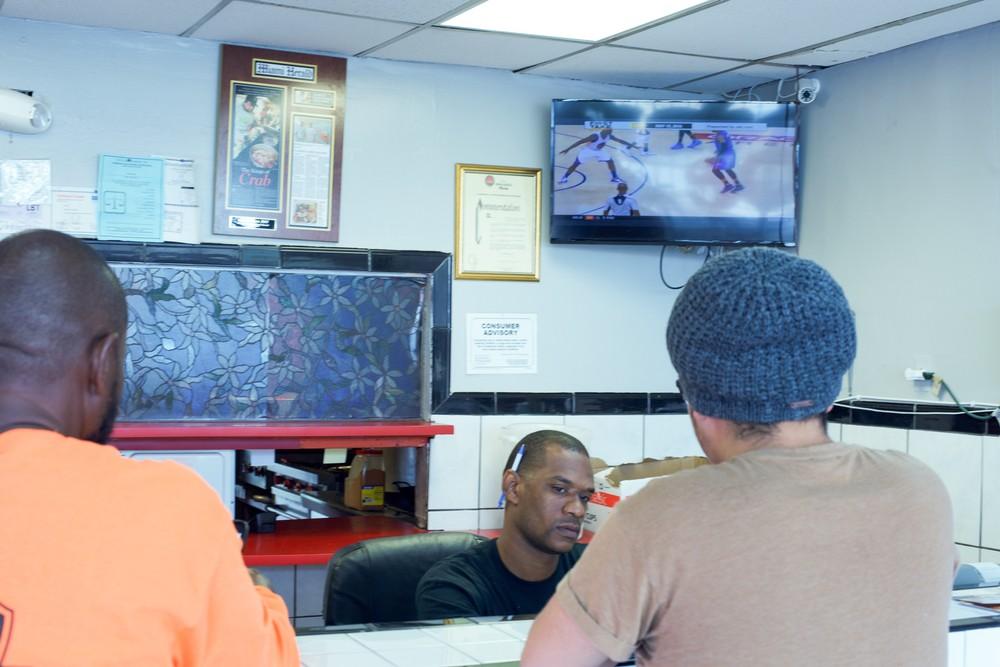 Crabman305 cashier counter
