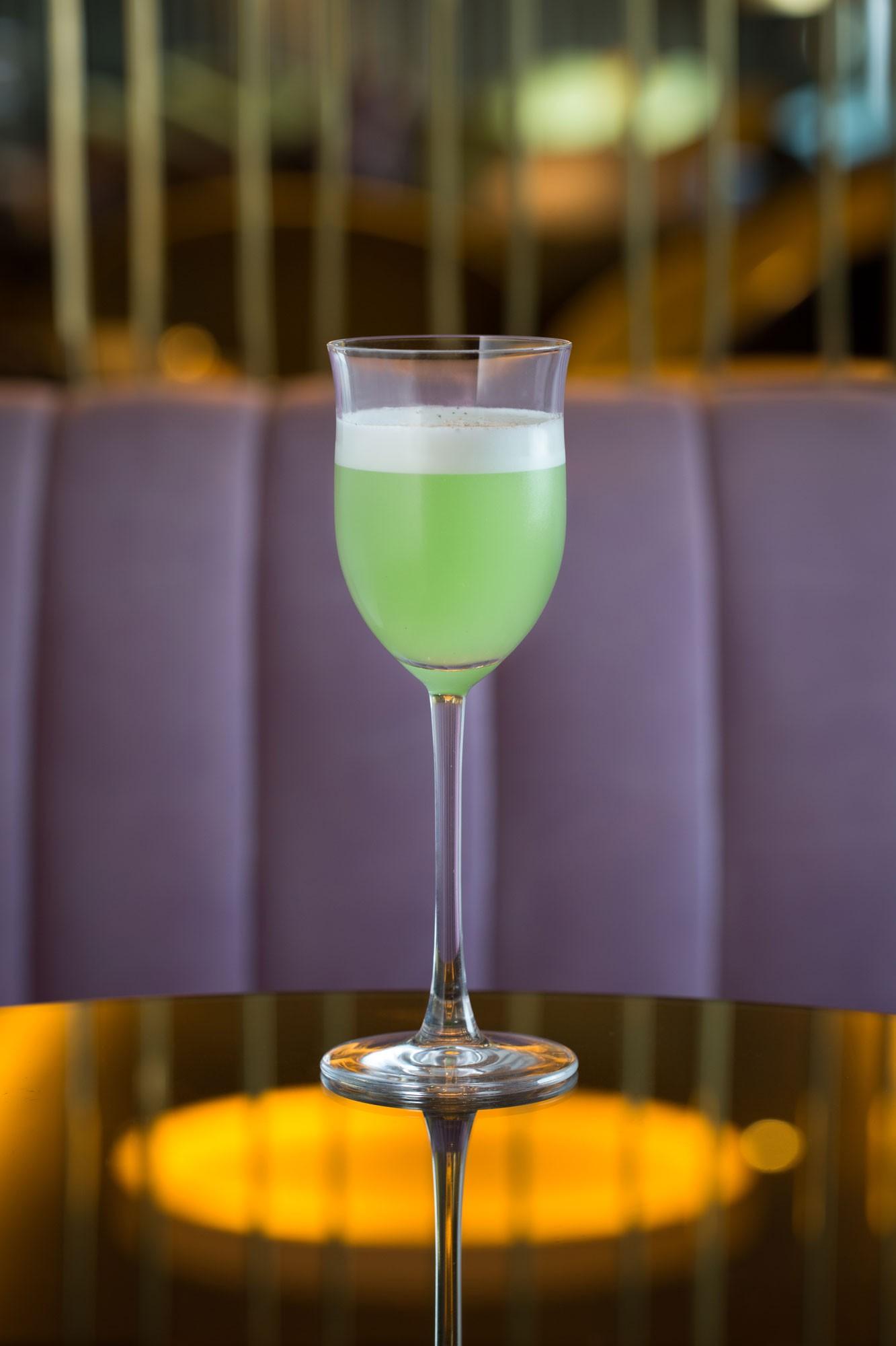 Dandelyan-cocktails-ArsenicWaltz