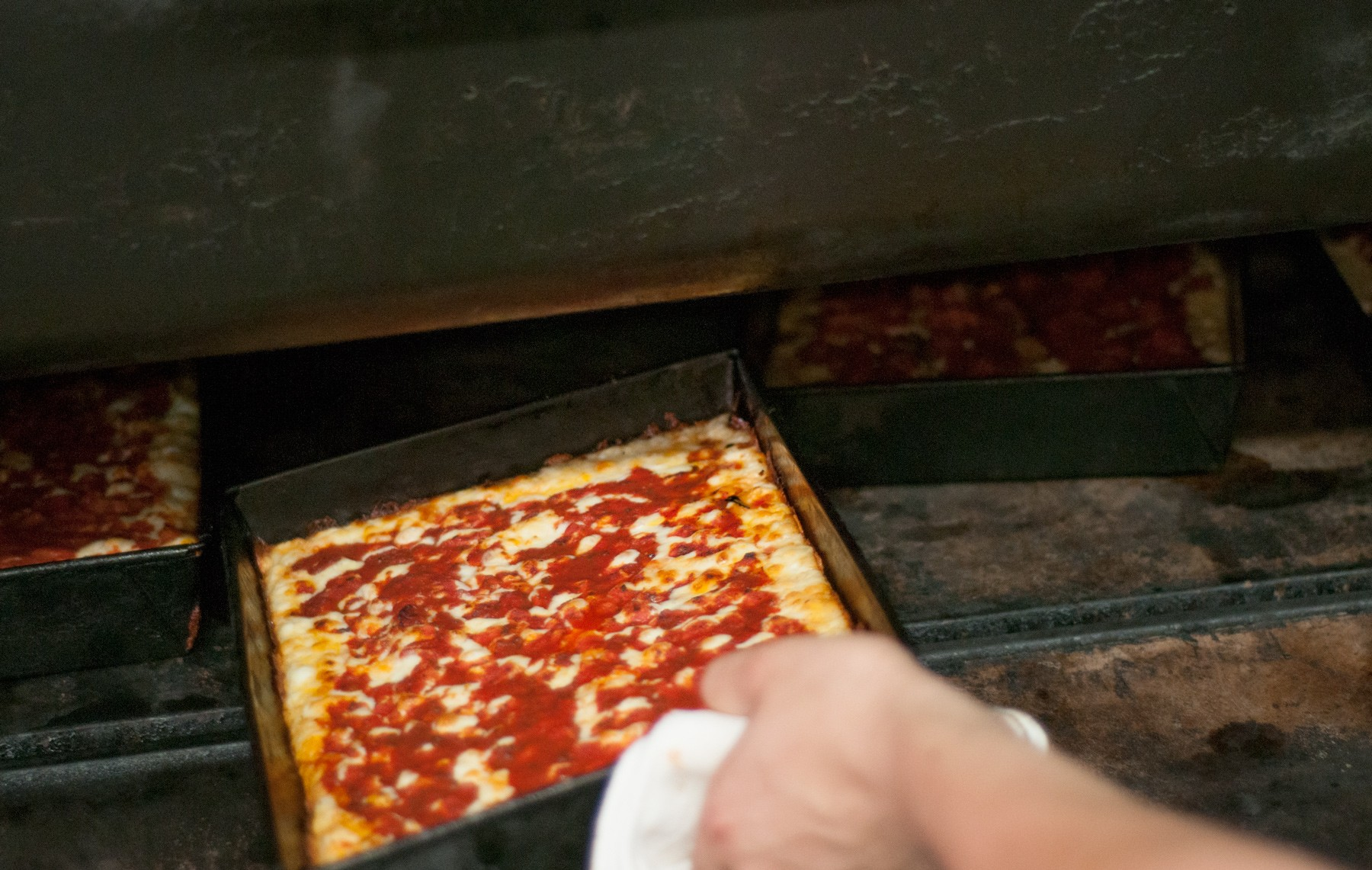 Detroit-Pizza_9_1