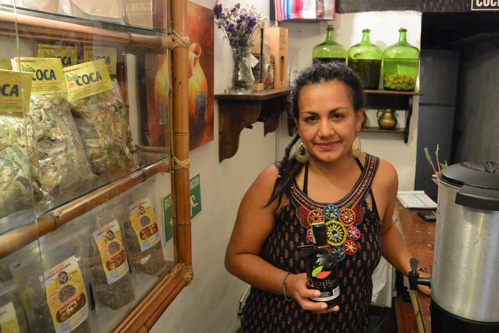 Image 10 - Ximena con Rum