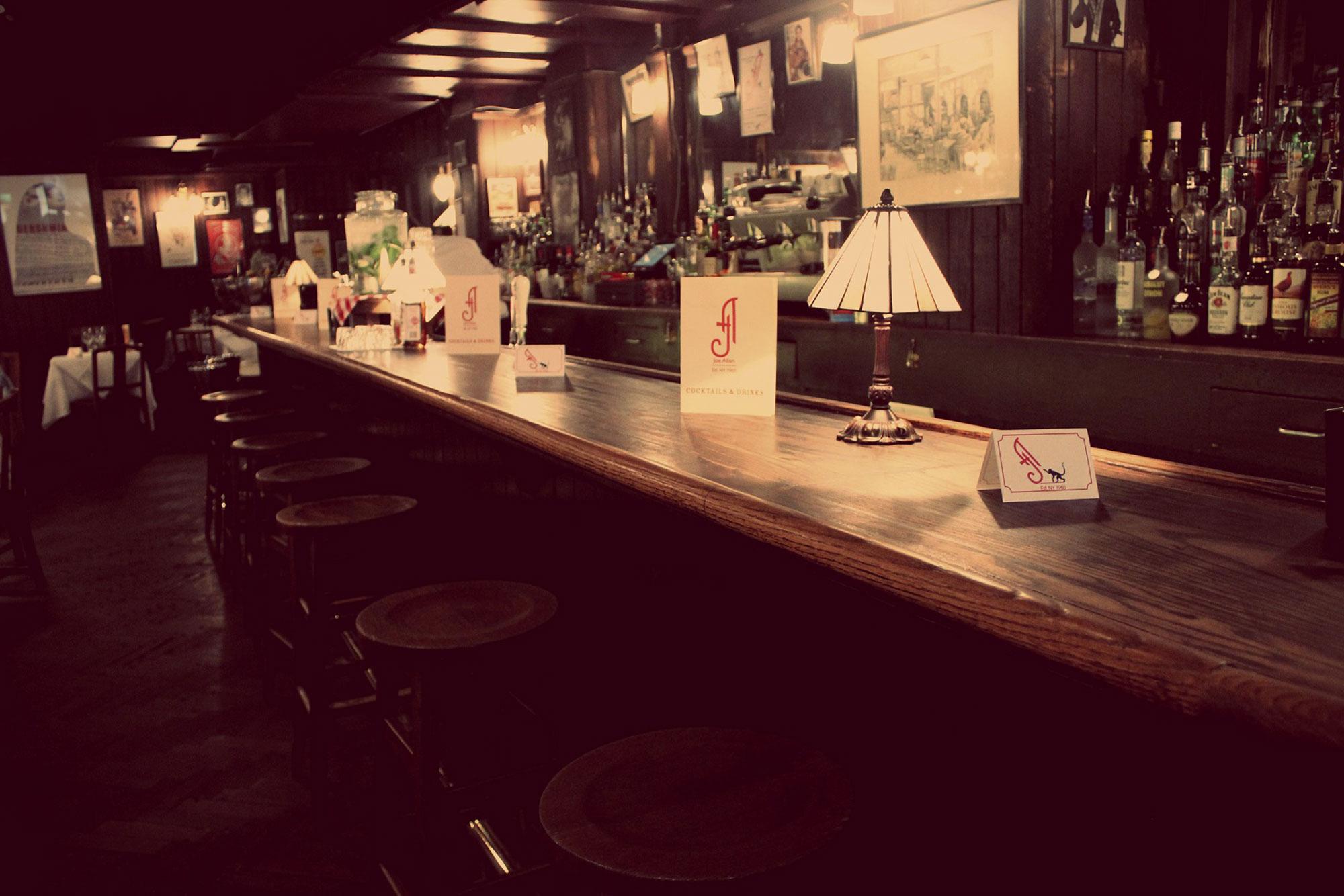 Joe-Allen-original-bar