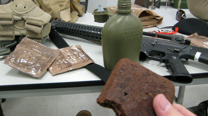 The Army Will Pay You to Eat Nothing but MREs for 3 Weeks
