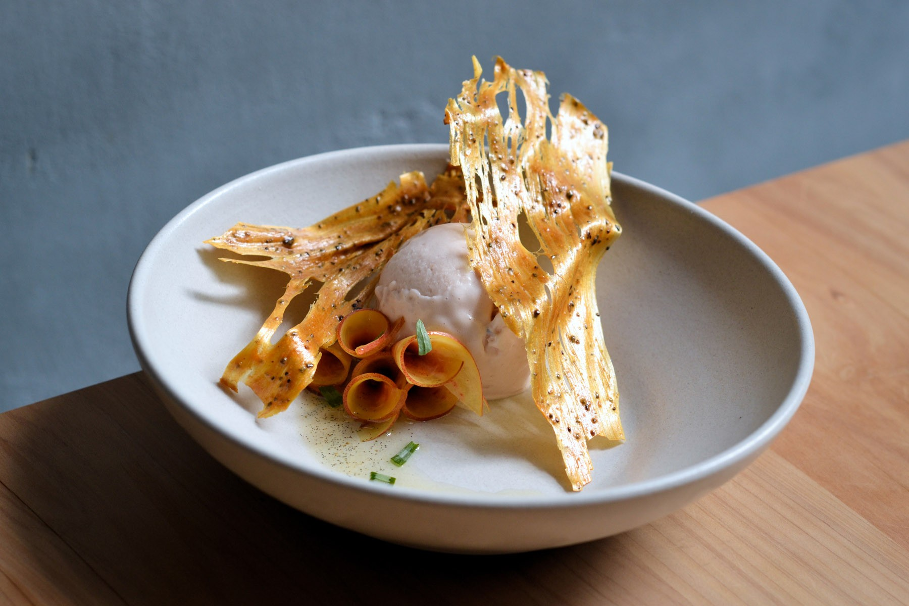nectarine-sorbet-with-chicory-root-toffee-vanilla-and-tarragon_