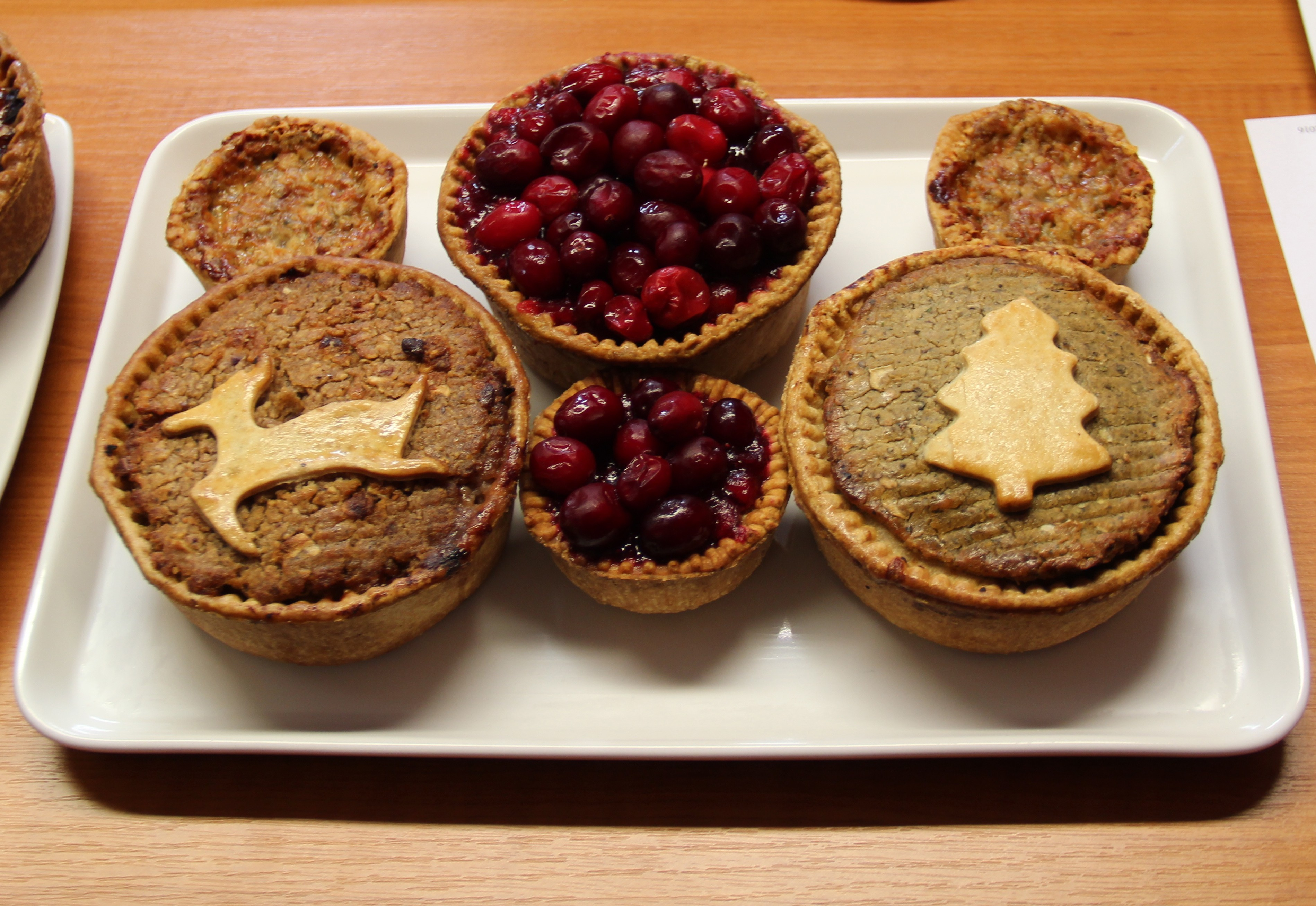 stuffing-cranberry-and-stilton-topped-pies