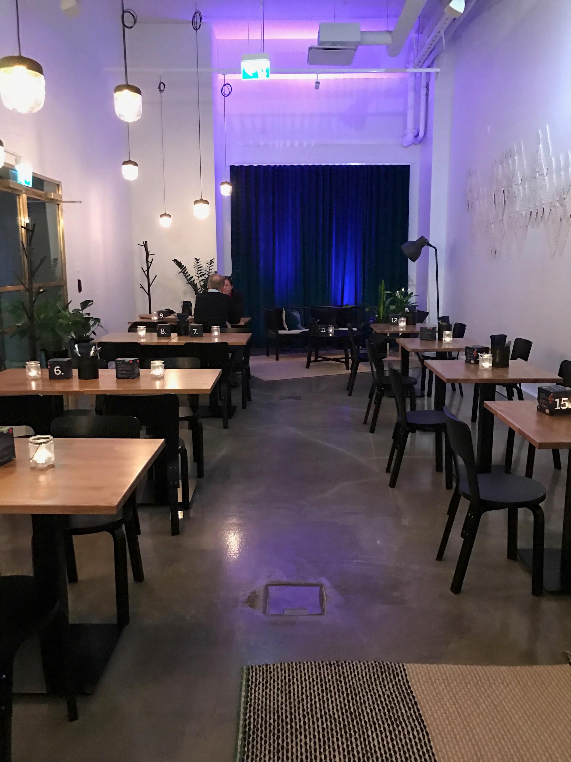 TakeInRestaurant