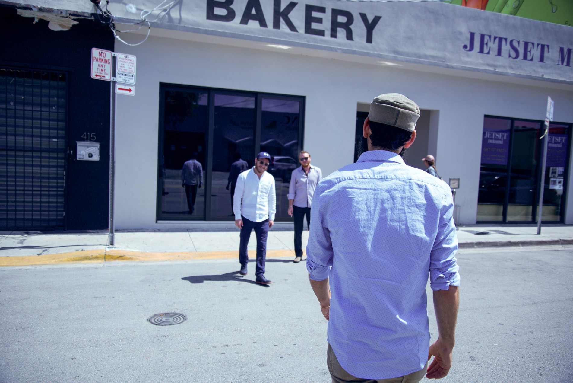 Zak the Baker crossing street