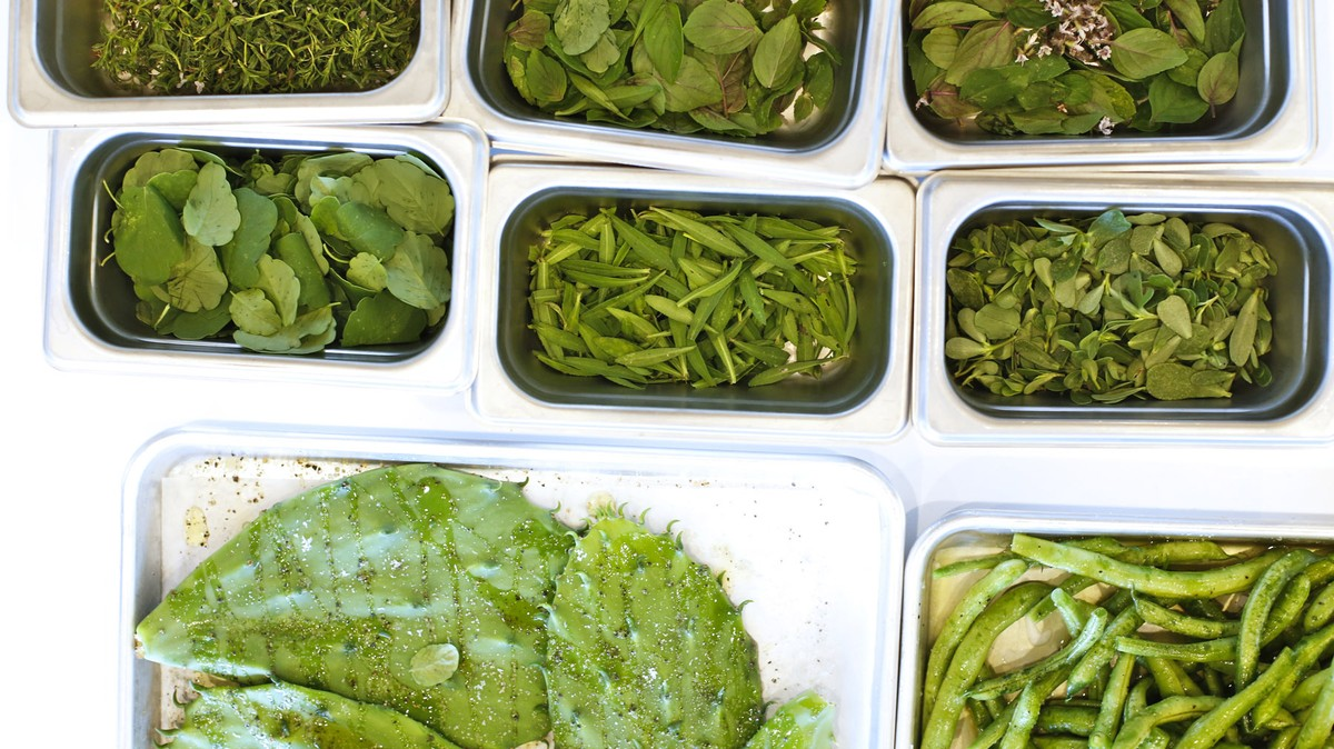 Edible Weeds Are the New Edible Flowers: How One Austin Farm Is ...