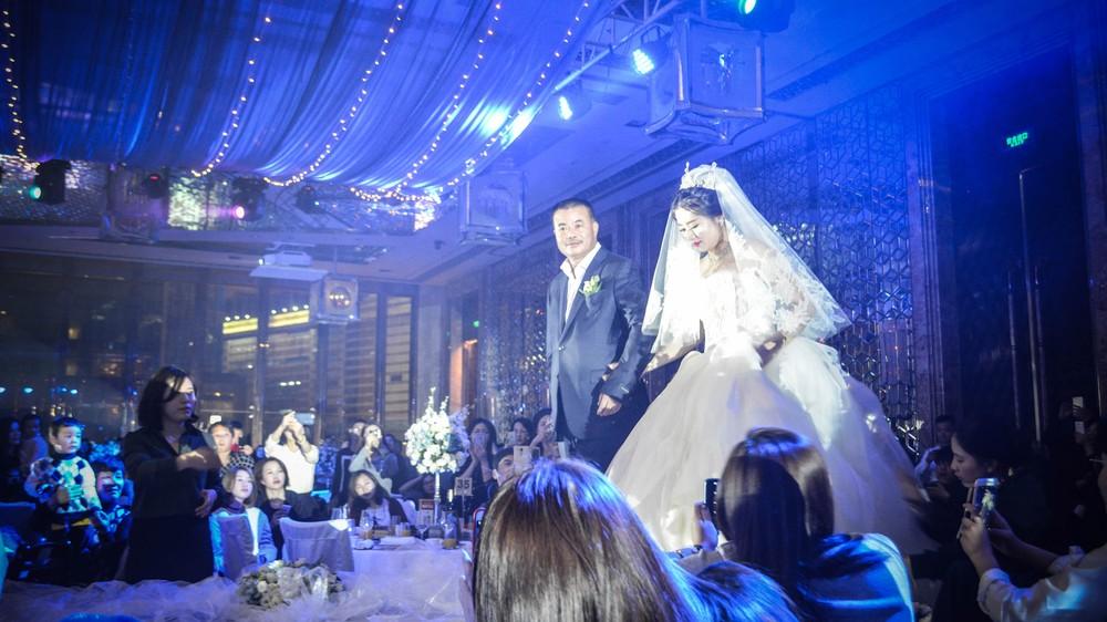 bride_24080850683_o
