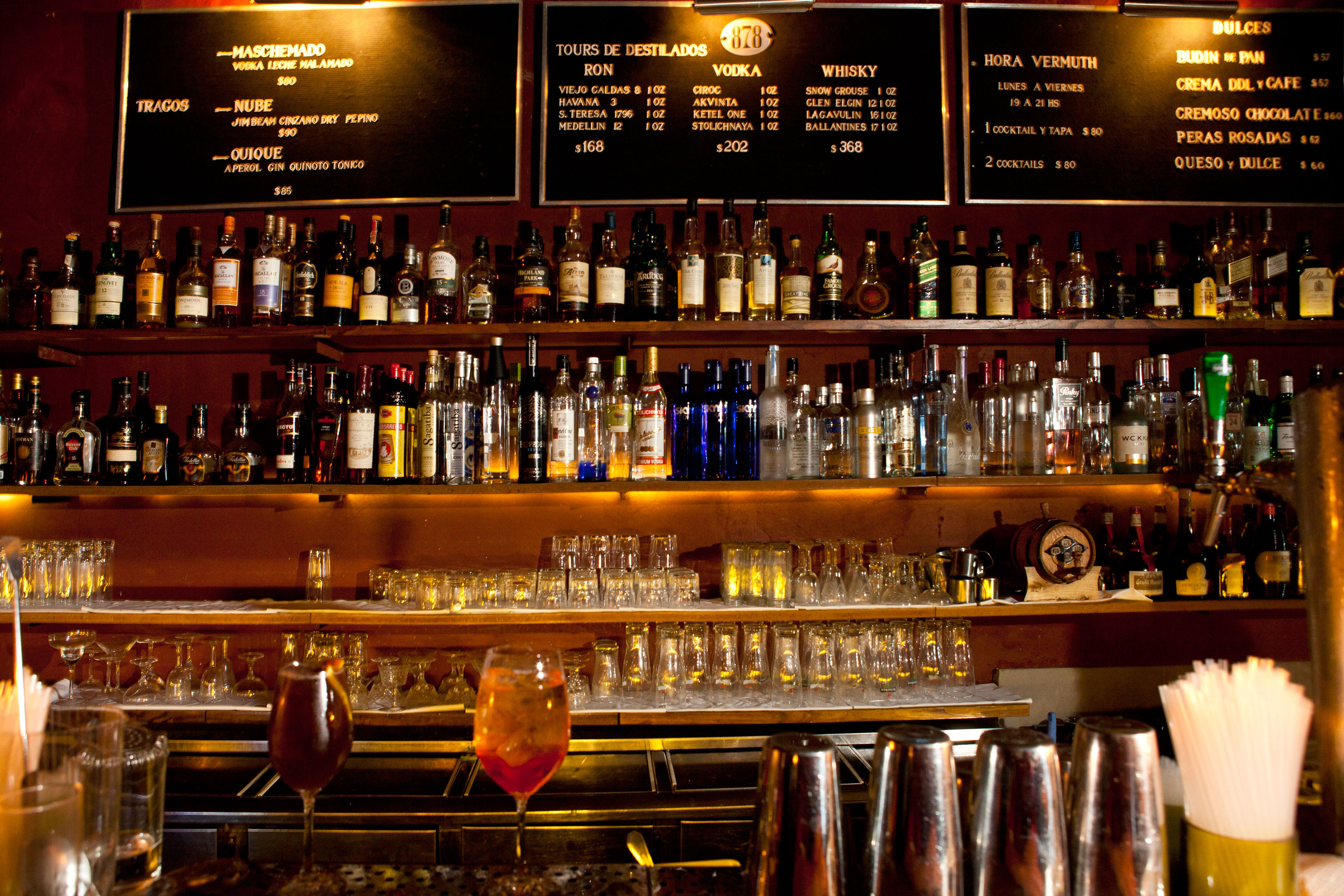 buenos-aires-bar-illegal4