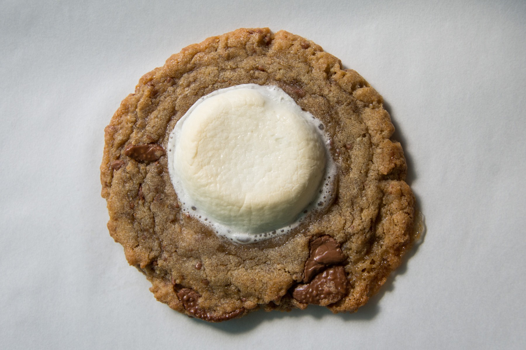Campfire cookie: Milk chocolate, graham crackers, marshmallows