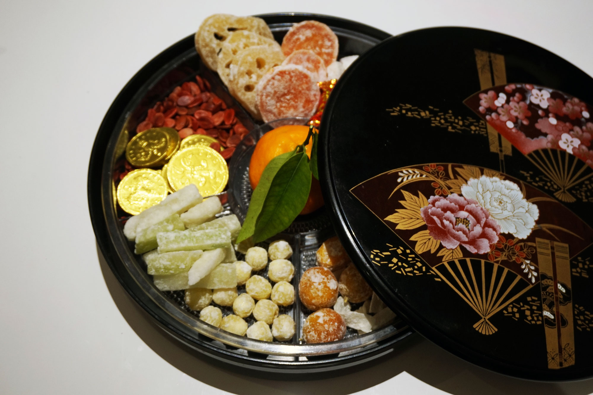 chinese-new-year-tray-togetherness1