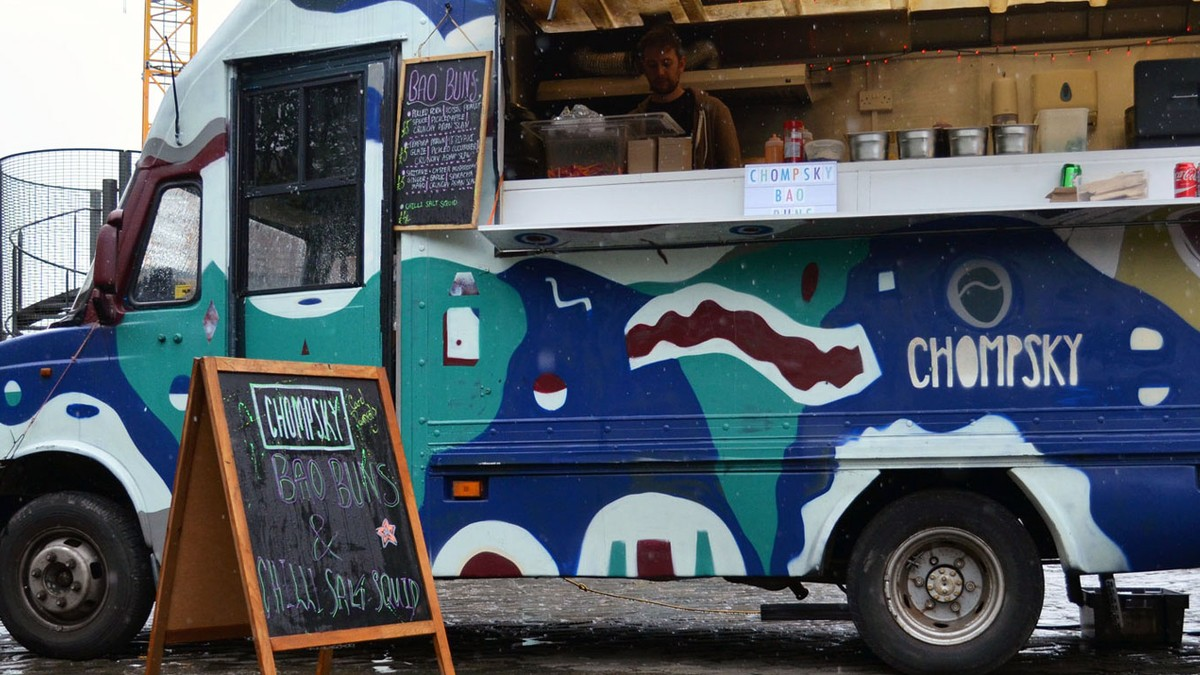 This Noam Chomsky Food Truck Serves Pulled Pork With A Side Of Politics