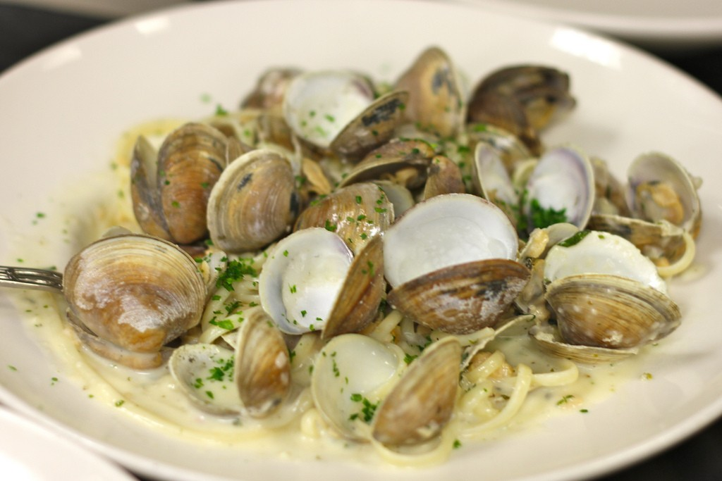 clams-and-pasta
