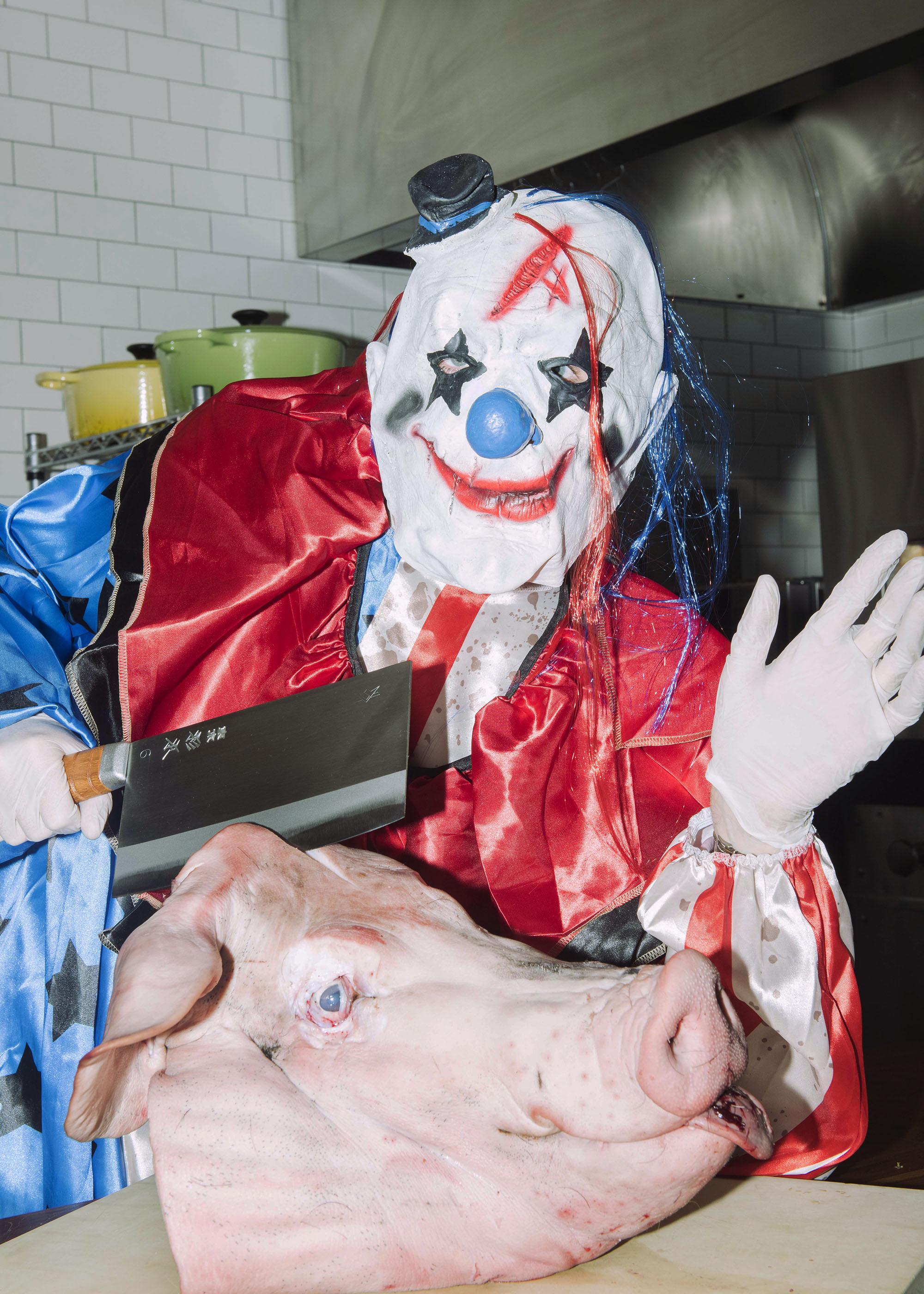clown-knives-shoot-8