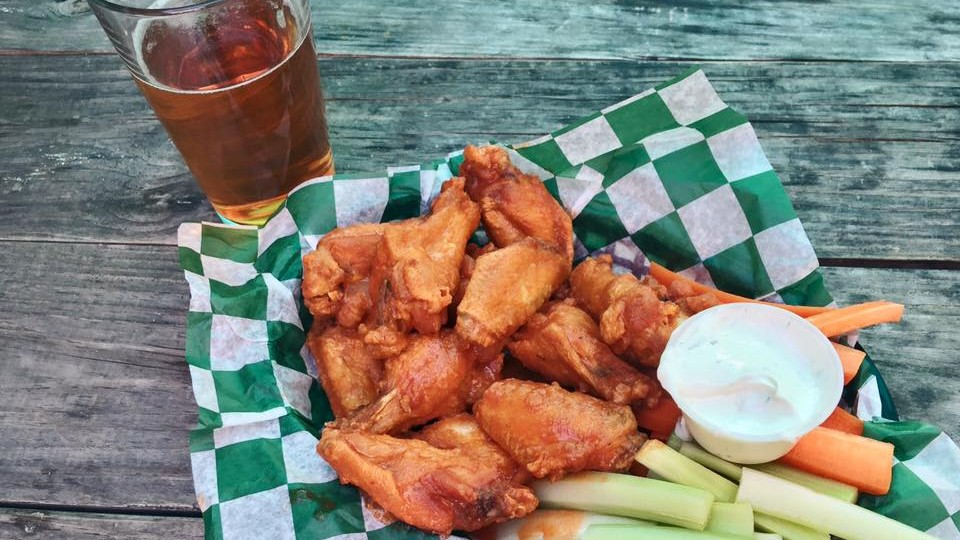 The 10 Best Dive Bars in Washington, DC