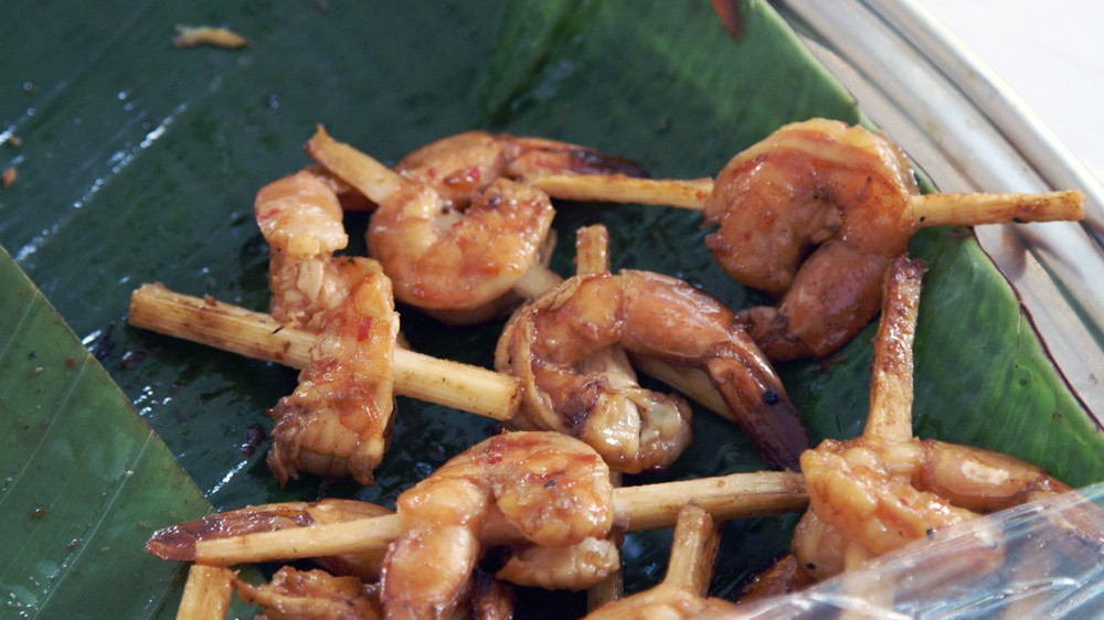 grilled-shrimp-with-sugar-cane