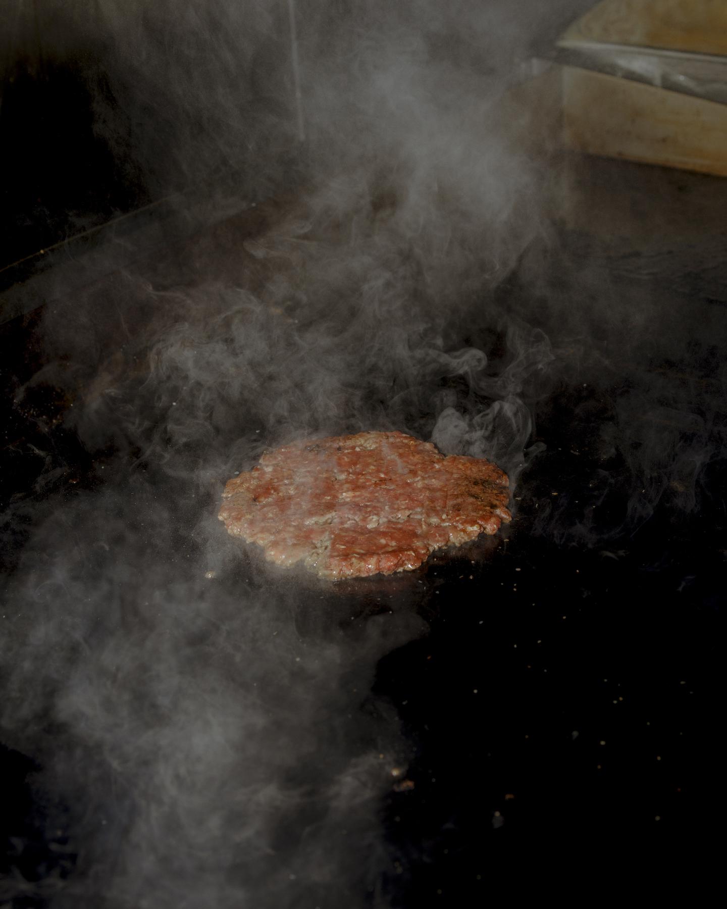 guy-burger-