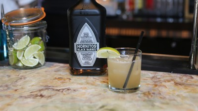 How To: Make a Tequila Gimlet