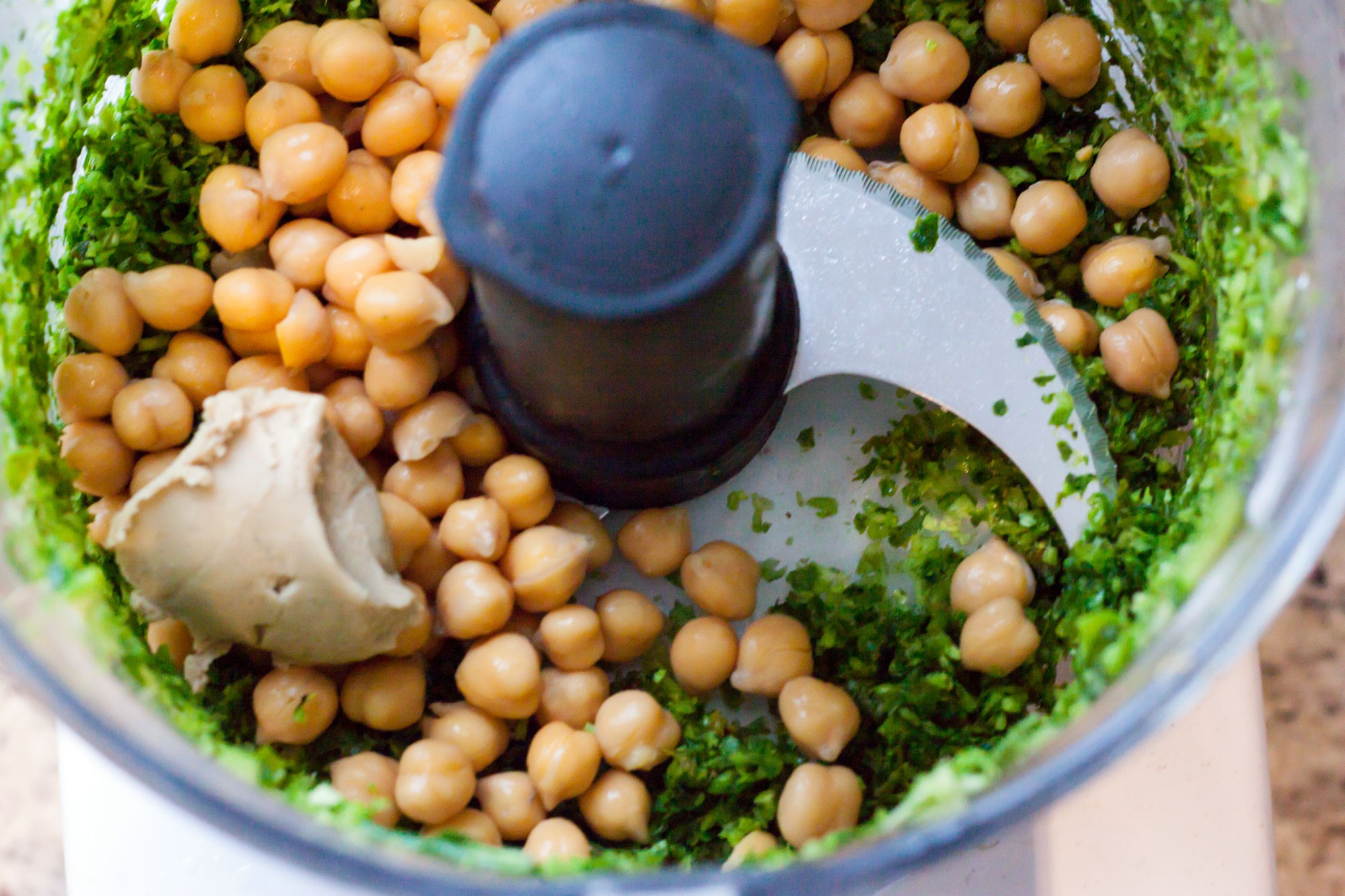 hummus-food-waste-chicp10