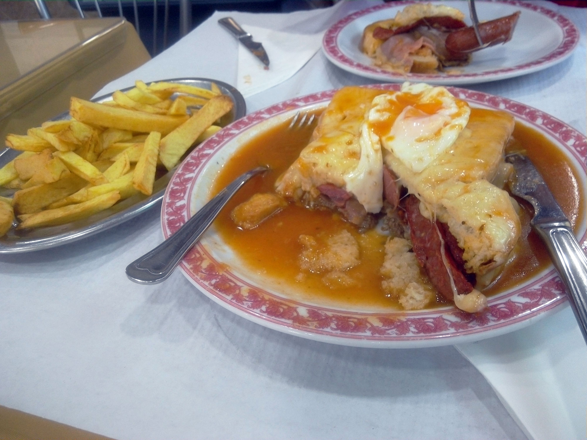 lisbon-cheese-meat-sandwich3