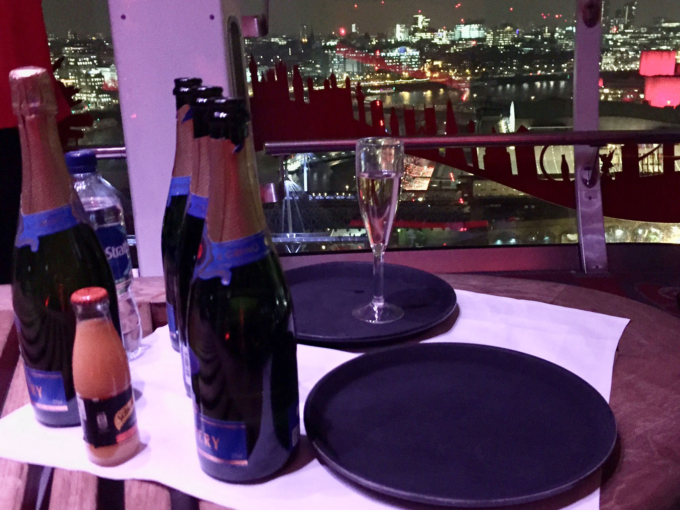 london-eye-champagne-date