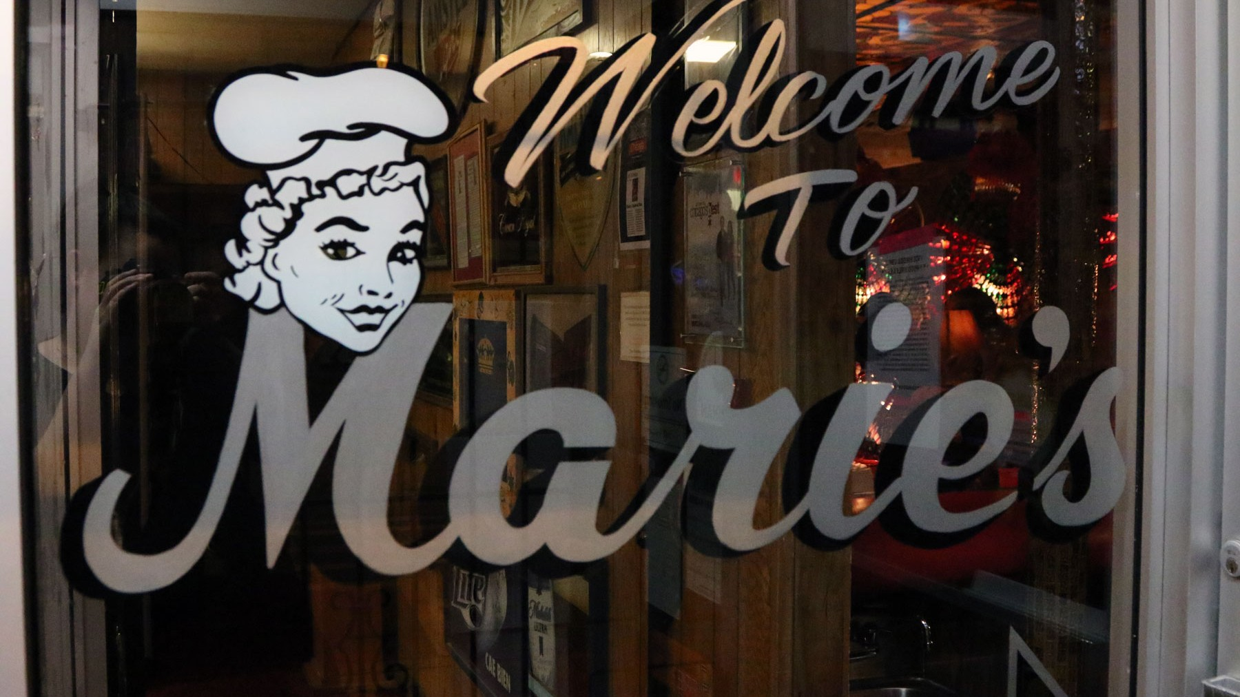 Watch an Extra Scene from 'The Pizza Show': Marie's Pizza & Liquors