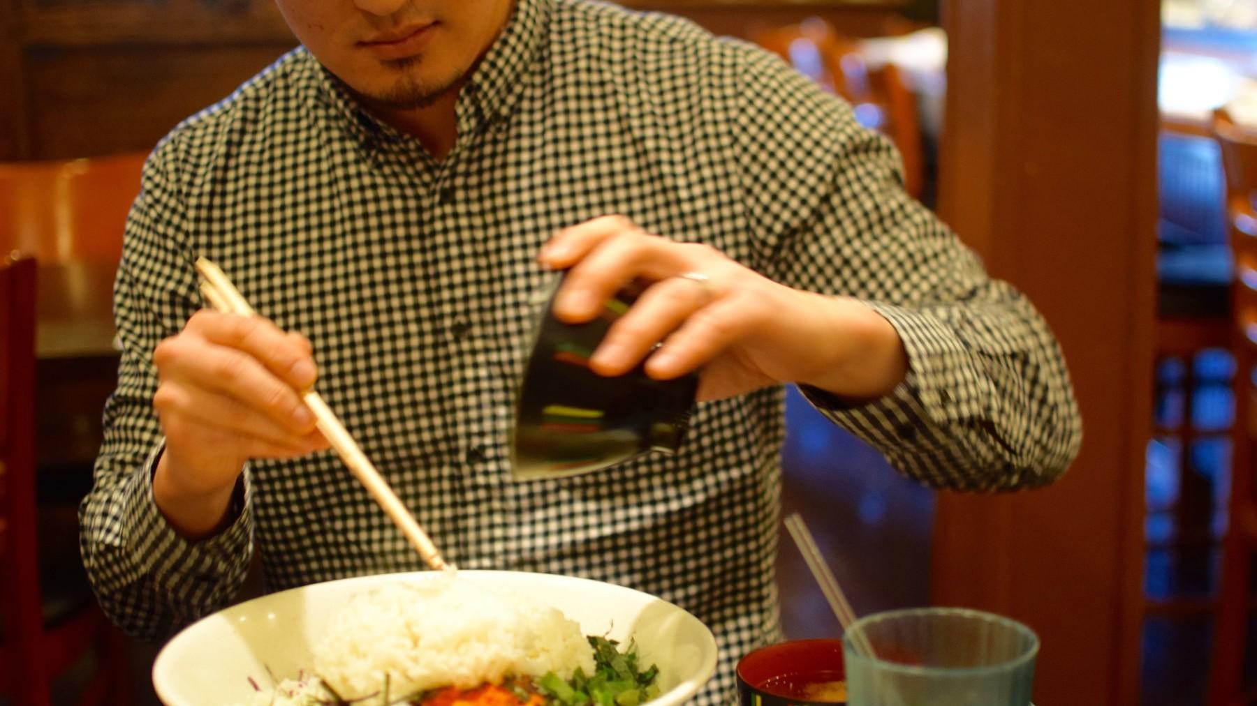 neal_and_korean_sashimi - 1