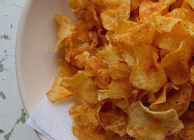 old-bay-potato-chips