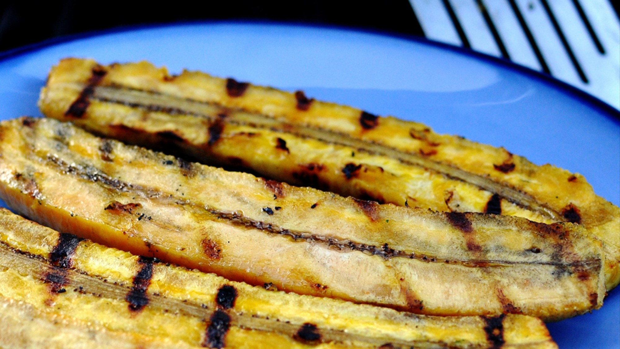 Plantains Are Cheap for Everyone But the People Who Pick Them - VICE