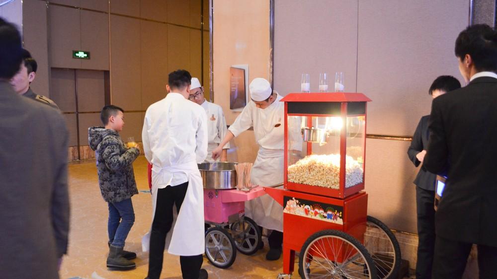 popcorn-machine_24707530215_o