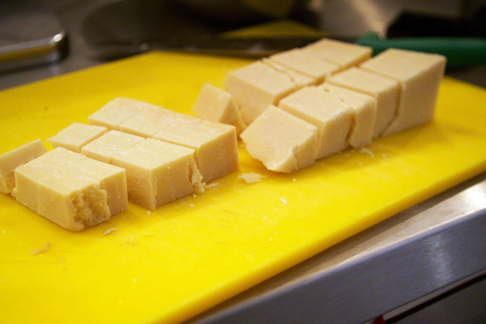 simone-pesto-parmesan