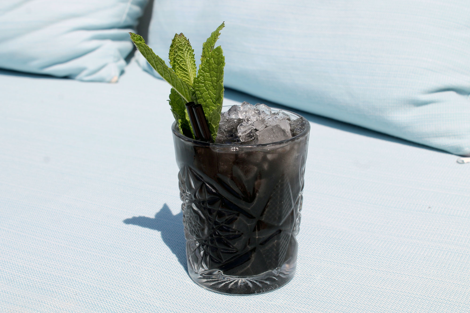 squid-ink-cocktails6