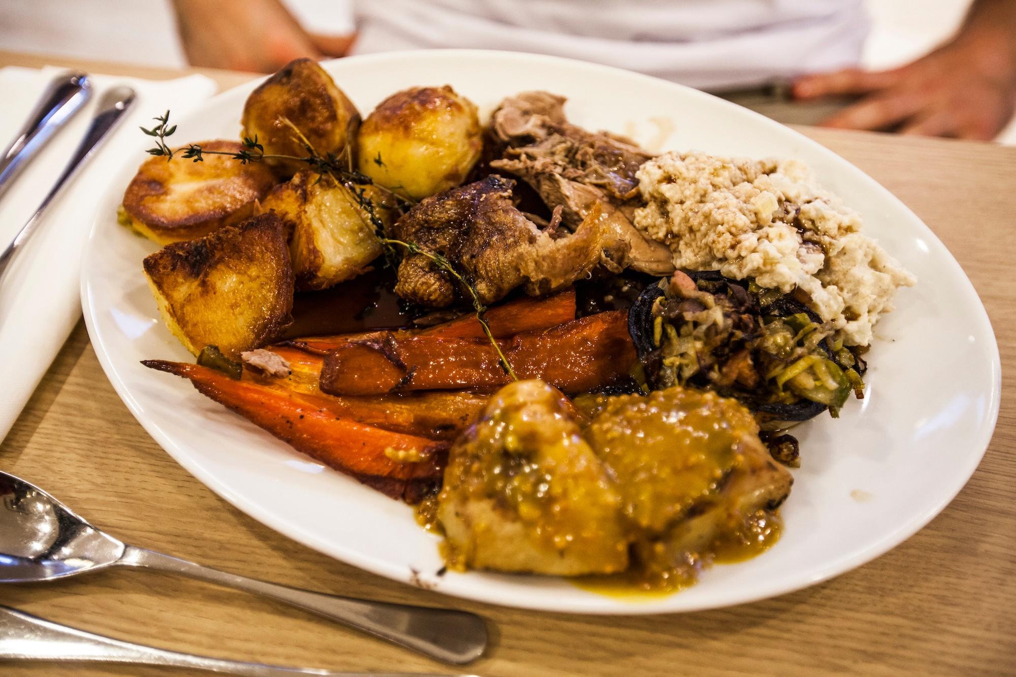 waitrose-duck-roast-dinner-christmas
